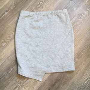 Lulu's grey skirt with elastic waist M